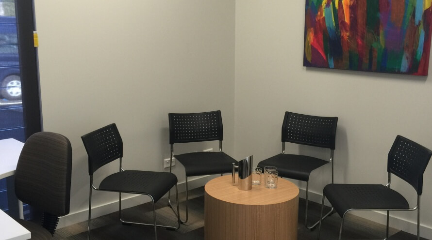 Consulting room with 5 chairs